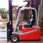 Cargo electric forklift